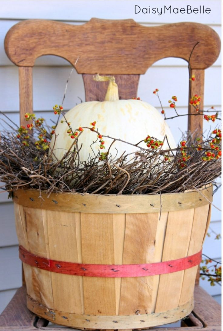 1000 ideas about Bushel Baskets on Pinterest  Apple Baskets Fall Scarecrows and Primitives