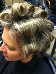 barrel curls #hairstyling carmen