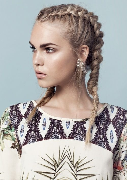 25 Best Ideas About 2 French Plaits On Pinterest Styles Of