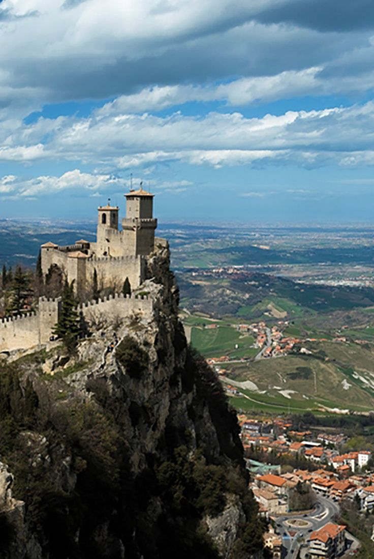 Take a ride to the castles of San Marino while in port in