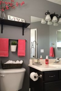 25+ best ideas about Coral bathroom decor on Pinterest ...