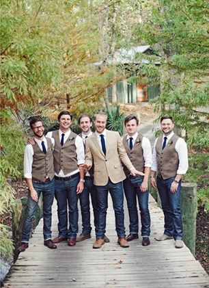 17 Best ideas about Casual Wedding Attire on Pinterest  Country groomsmen attire Country
