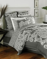 77 best images about Rihanna's bedroom decor ideas on ...