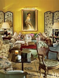 Chintz, symmetry - Traditional Living Room by Mario Buatta ...