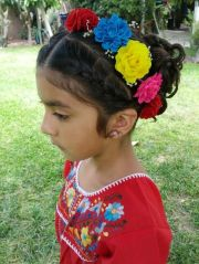 mexican wedding- flower girl hairstyle