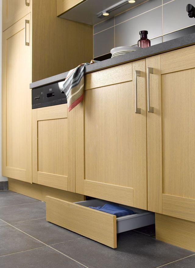 plinthe pour meuble de cuisine