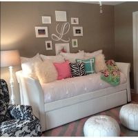 78+ ideas about Daybed Room on Pinterest | Dorm room ...