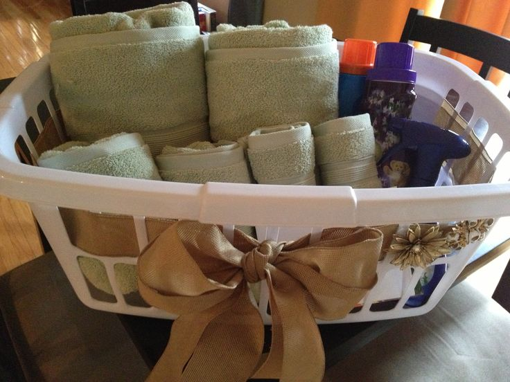 1000+ Ideas About Bridal Gift Baskets On Pinterest