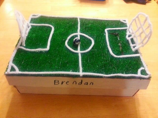 Valentines Soccer Field Box Holiday Crafts Pinterest Valentines Soccer And Boxes