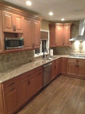 Cinnamon Maple Cabinets Grand Luxe Mosaic Tile Giallo