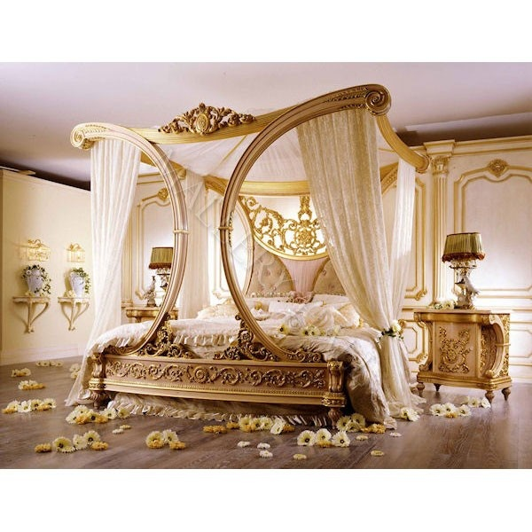 Beautiful Royale Golden Cleopatra Canopy Bed For The