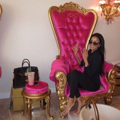 Pink Nail Salon Chairs Xrocker Gaming Chair Images Of Nails Rock Cafe 341 Best About 10 On Pinterest Baroque 95