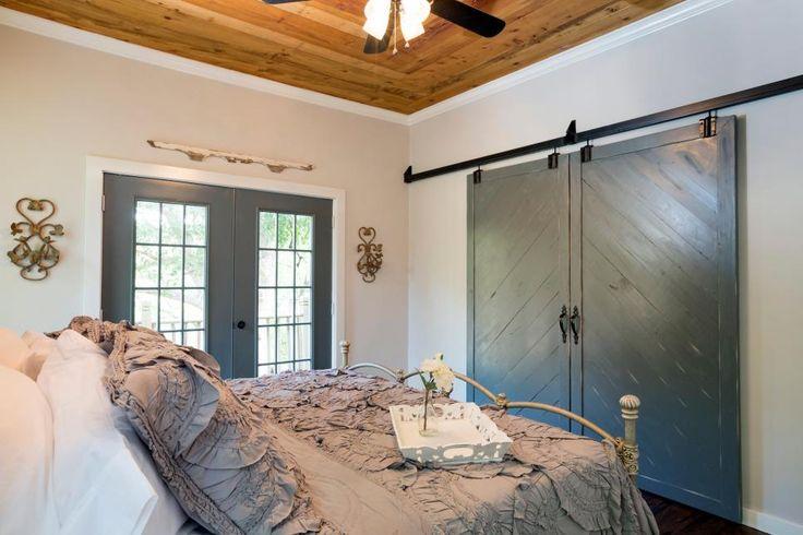 25+ Best Ideas About Barn Door Closet On Pinterest