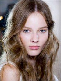 1000+ ideas about Hair Pale Skin on Pinterest | Auburn Bob ...