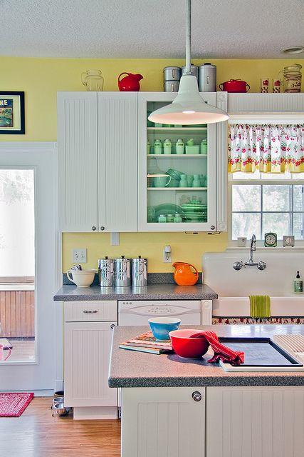 25 best ideas about Yellow kitchen curtains on Pinterest
