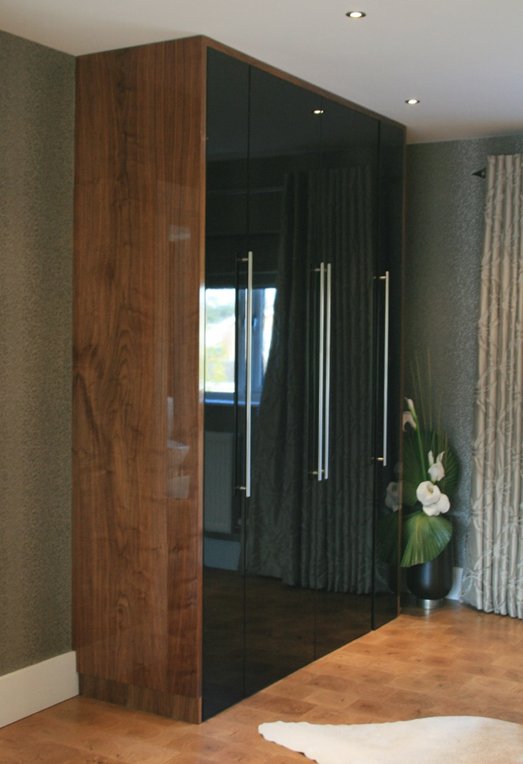 High Gloss Black Amp High Gloss Walnut Veneer Wardrobe Made