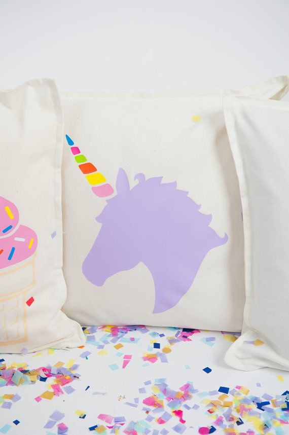 17 Best ideas about Unicorn Pillow on Pinterest  Unicorn pattern Toy unicorn and Unicorns
