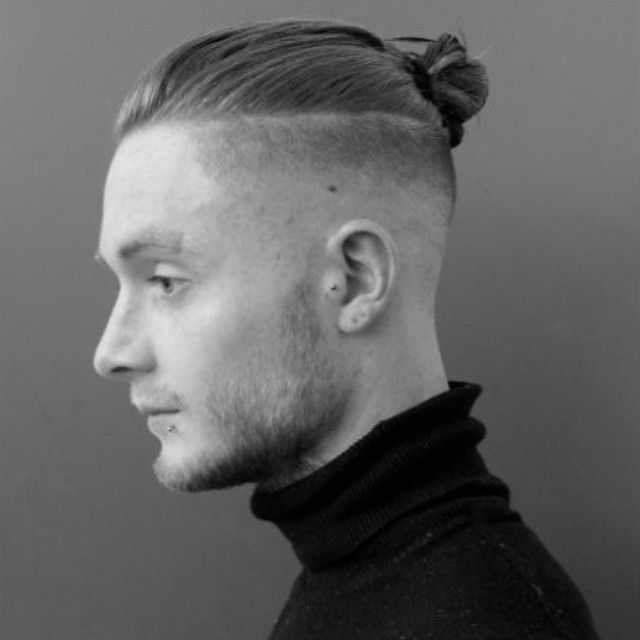 25 Best Ideas About Top Knot Man Bun On Pinterest Top Knot Men