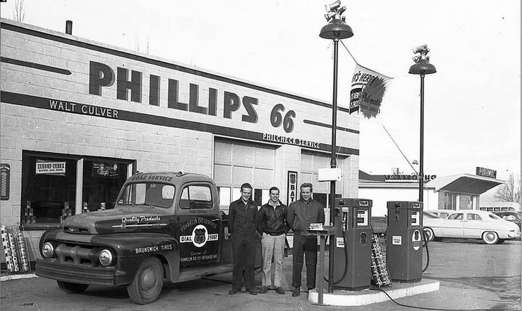 268 best images about Vintage Service Stations on Pinterest  Trucks Phillips 66 and Shells