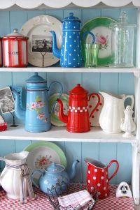 Retro Kitchen Decor Accessories Vintage Kitchen Red Blue ...
