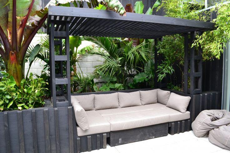 Townhouse Tropical Courtyard Garden Google Search GARDENS