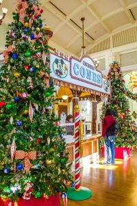 Walt Disney World Resort Decorations