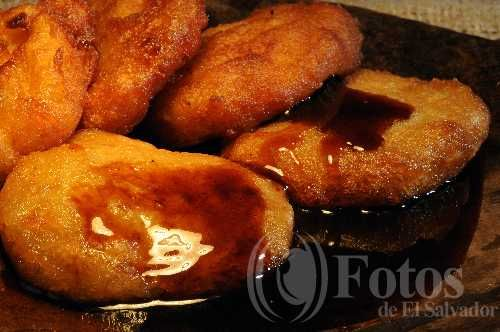 Nuegados de yuca con miel This is one of the main dishes