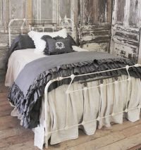 17 Best ideas about Antique Iron Beds on Pinterest