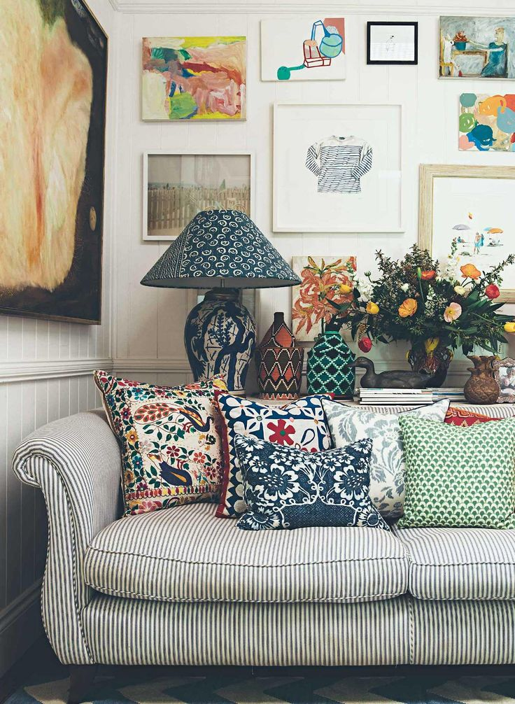 Best 25+ Floral couch ideas on Pinterest