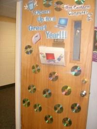 17 Best images about Door Decor on Pinterest | Reindeer ...
