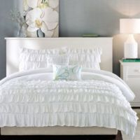 25+ best ideas about Ruffled comforter on Pinterest ...