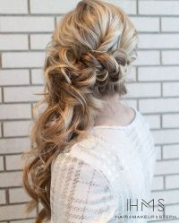25+ best ideas about Side Ponytail Hairstyles on Pinterest