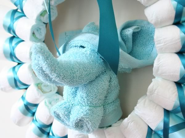 Rolled Diaper Wreath Instructions  Myers Baby Shower