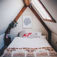 25+ best ideas about Small Attic Bedrooms on Pinterest ...