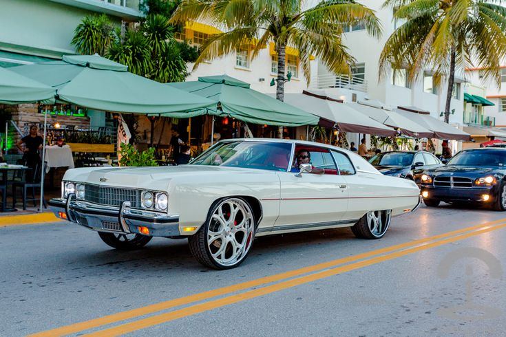 1000 images about South Beach  Ocean Drive on Pinterest  World images Gianni versace and