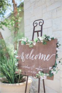 Best 20+ Shabby chic centerpieces ideas on Pinterest ...