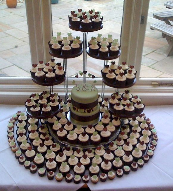 17 Best ideas about Wedding Cupcake Towers on Pinterest  Cupcake towers Wedding cupcakes and