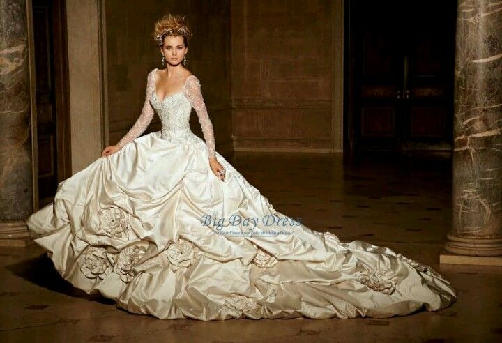 Eve Of Milady Long Sleeved Wedding Dress