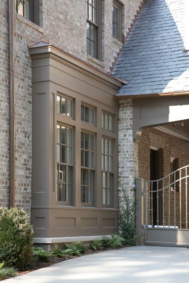 How to Choose Trim Color for a Brick House
