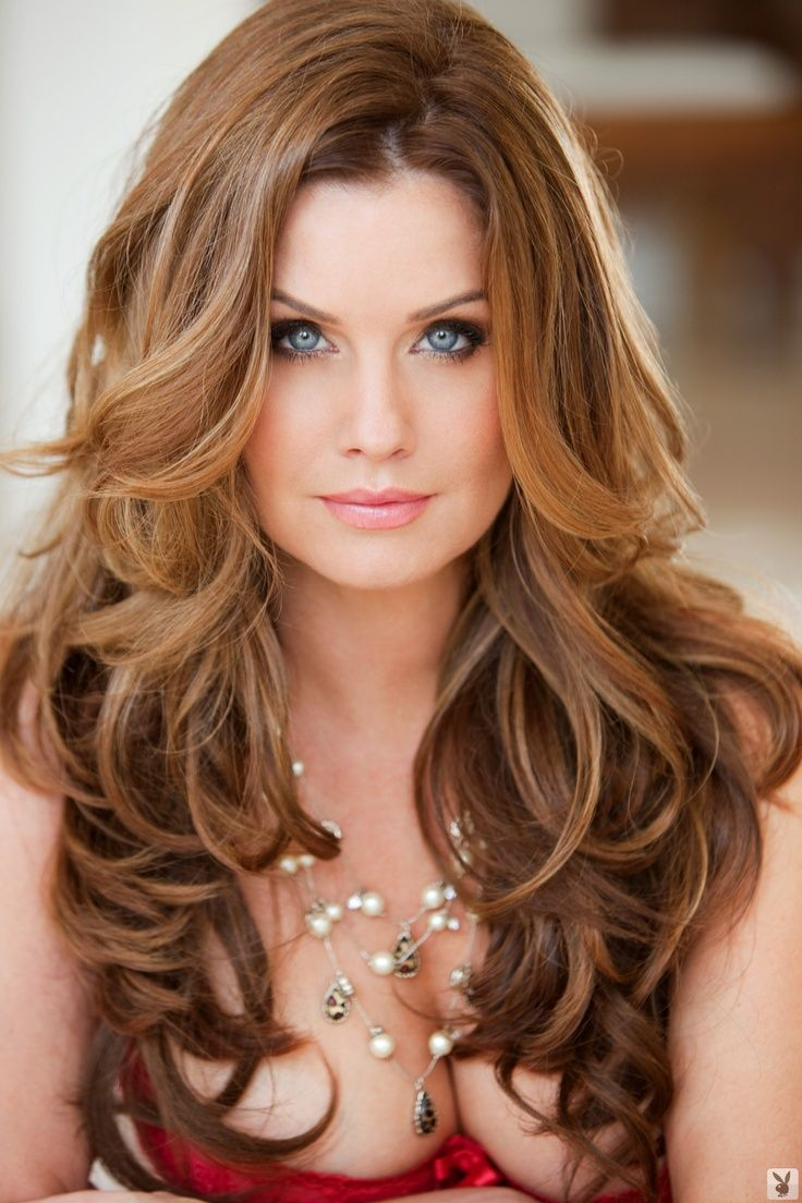 25 Best Ideas About Long Wavy Hairstyles On Pinterest Medium