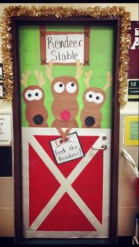 reindeer stable door decoration