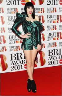 Jessie J and her Metallic Dress | Embarrassing Red Carpet ...