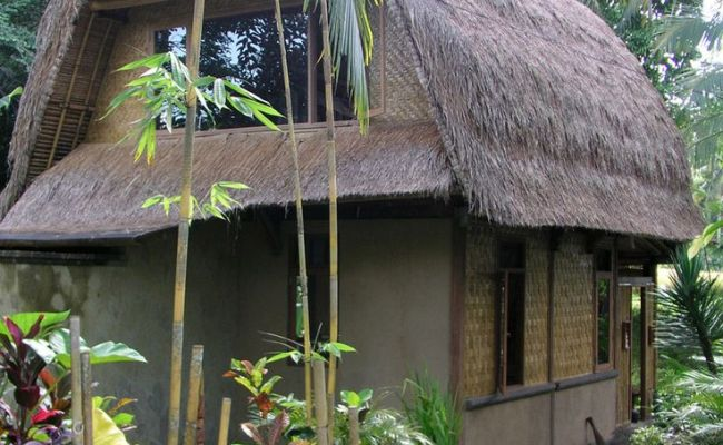Bali Lumbung A Traditional Design Built Mostly Of Bamboo