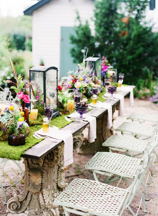 That is a table runner made of moss. I need one for outdoor dining. :)   Colorful Wildflower Table Decor – Elizabeth Anne Designs: The Wedding