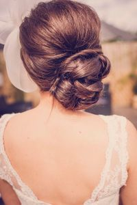 17 Best ideas about Wedding Side Buns on Pinterest   Loose ...