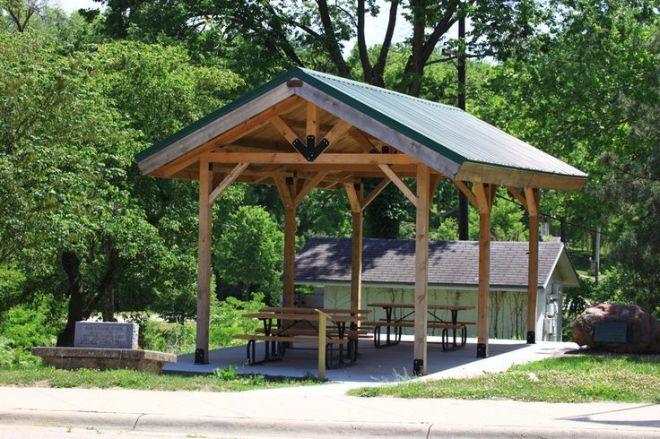 Diy picnic shelter plans small rustic pavilion shelter