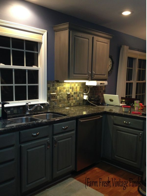 Want to learn how to paint thermofoil cabinets with chalk
