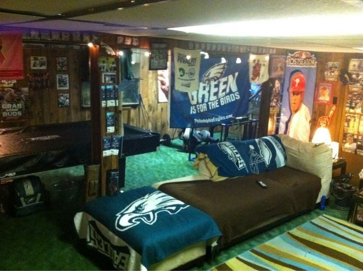 17 Best images about Philadelphia Eagles Rooms   Wo
