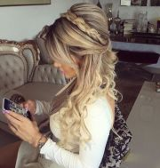 hair maid of honor