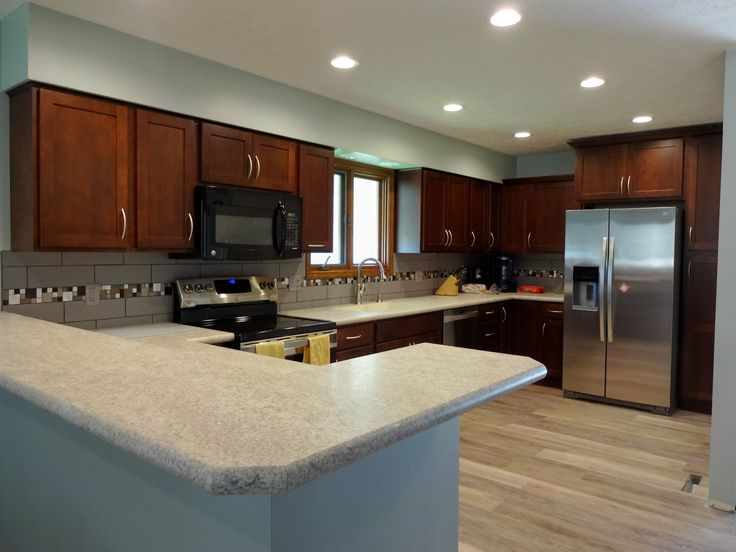 natural cherry kitchen cabinets island designs for small kitchens fieldstone with brighton door style in ...